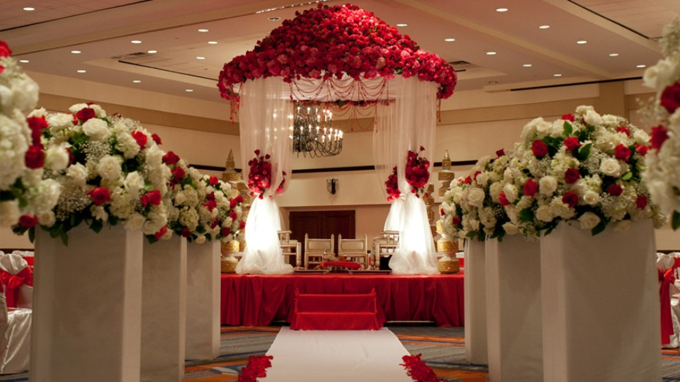 About us for Wedding hall decoration items